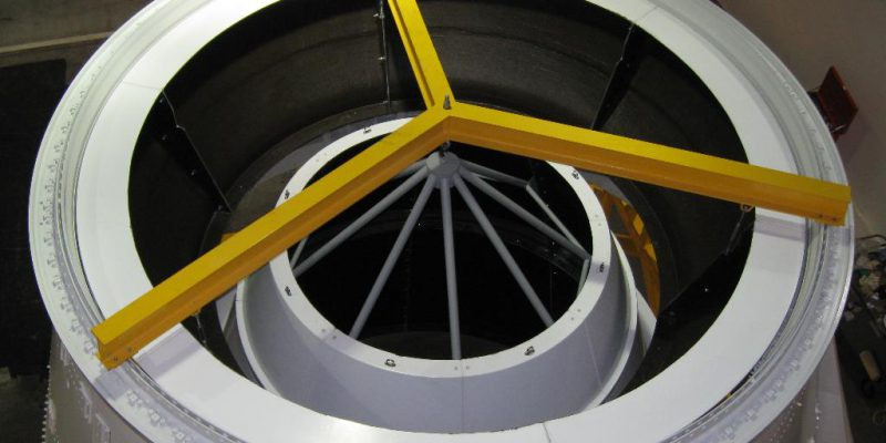 Metal and fiberglass test structure